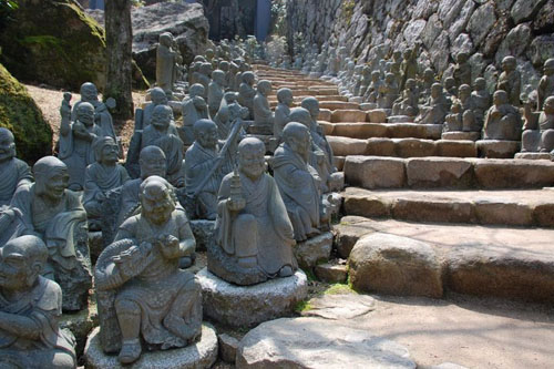500 rakan statues at daishoin temple miyajima Travel To Miyajima – Top 5 Best Places