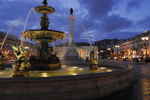 fountain at praca dom pedro iv rossio Travel To Portugal   Top 10 Best Places