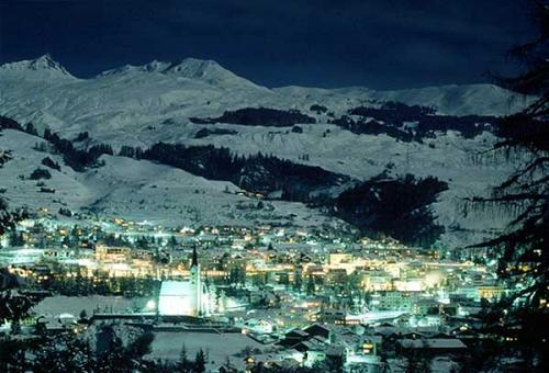 Mesmerizing nightview of Scuol in the district of Inn in the Swiss canton of Graubunden, Switzerland