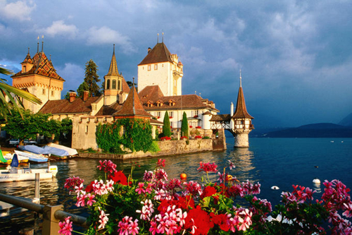 oberhofen castle lake thun switzerland Travel To Switzerland   Top 10 Best Places