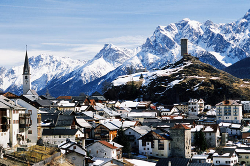 village in unter engadine valley with piz leschana in background Travel To Switzerland   Top 10 Best Places