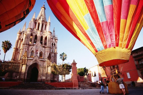 Hot-air balloons at Plaza Principal Parroquia (Parish Church), Mexico