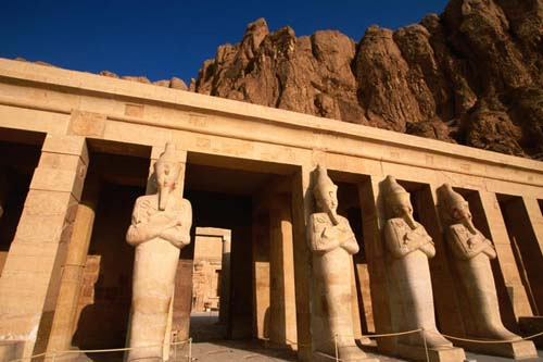osiris statues at temple of hatshepsut at deir al bahari Travel To Egypt   Top 10 Best Places