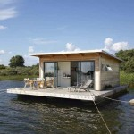 After Seeing Theses Floating Houses, I Feel It is Stupid To Sign A 30-Year Home Loan