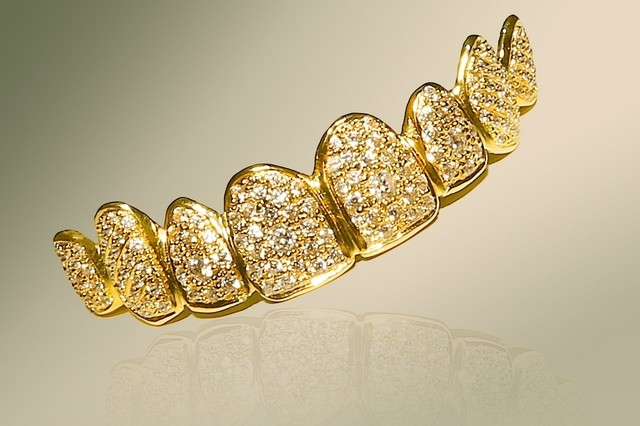 dubai most expensive gold teeth